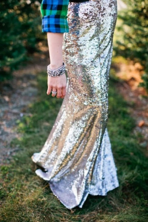 20 Sequin Skirts Ideas To Shine At Your Wedding Party