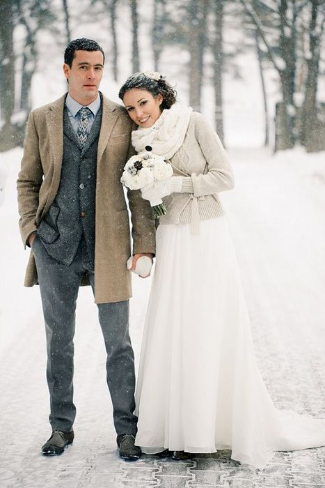 Picture Of cozy knitted ideas for a winter wedding  20