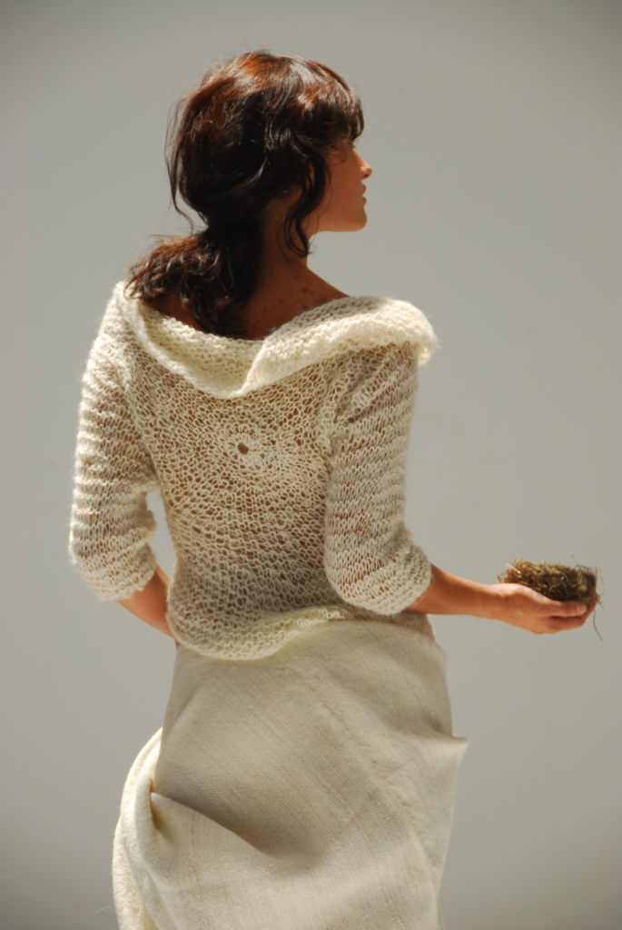 Picture Of cozy knitted ideas for a winter wedding  5