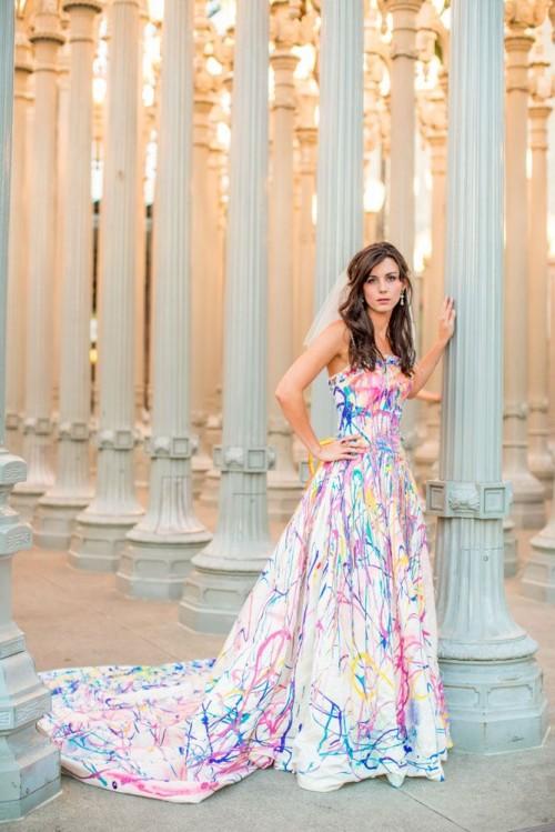 Crazy LED Wedding Dresses To Look Unique