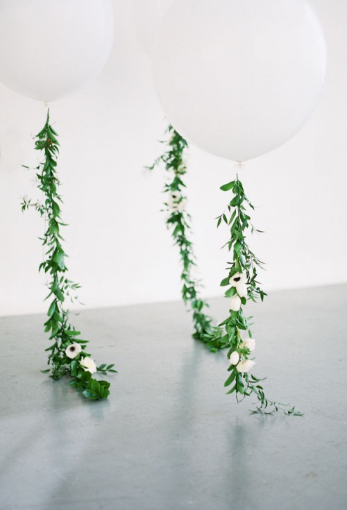 DIY Balloon Floral Garland (via apartment34)
