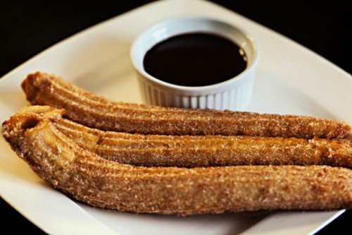 churros and chocolate are an ideal wedding dessert you may rock at your wedding