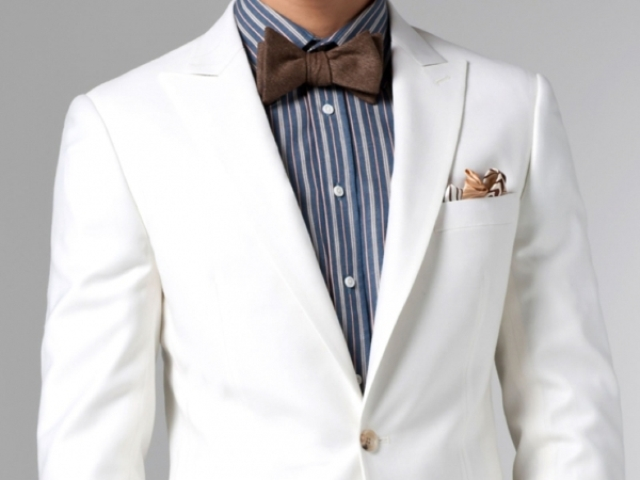 Custom Made Suits For Grooms To Feel Like James Bond