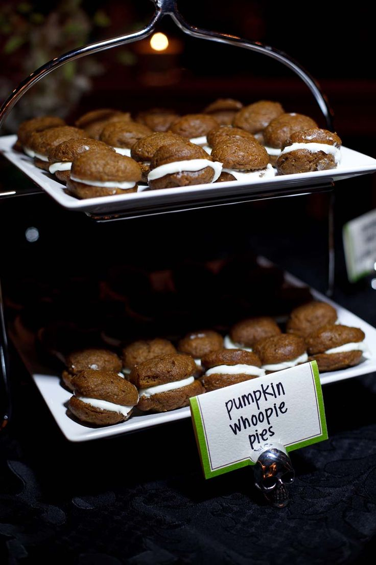 a pumpkin whoopie pie bar is a cool and cozy idea to rock, pumpkins and pumpkin spice are traditional for this season