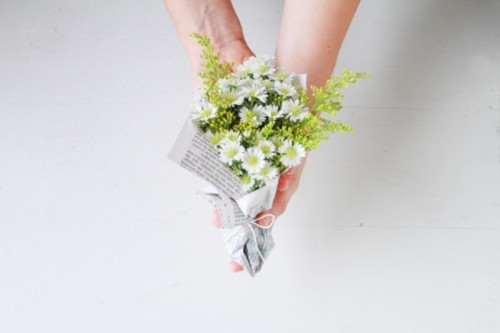 "Cute And Inexpensive DIY Mini ""Will You Be My Bridesmaid?"" Bouquet"