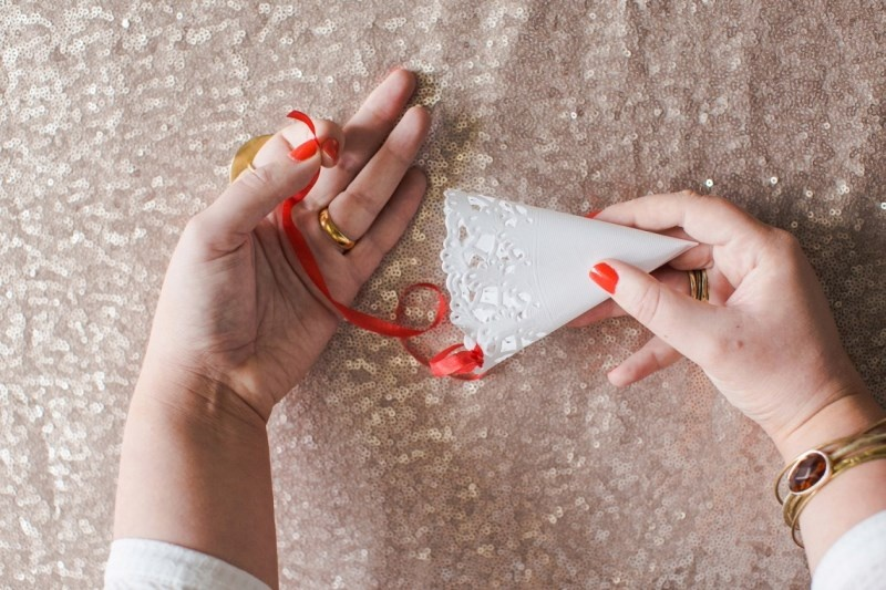 Picture Of cute diy confetti cones for your wedding  1