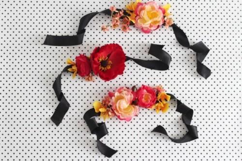 Cute Diy Silk Flower Corsage For Bridesmaids