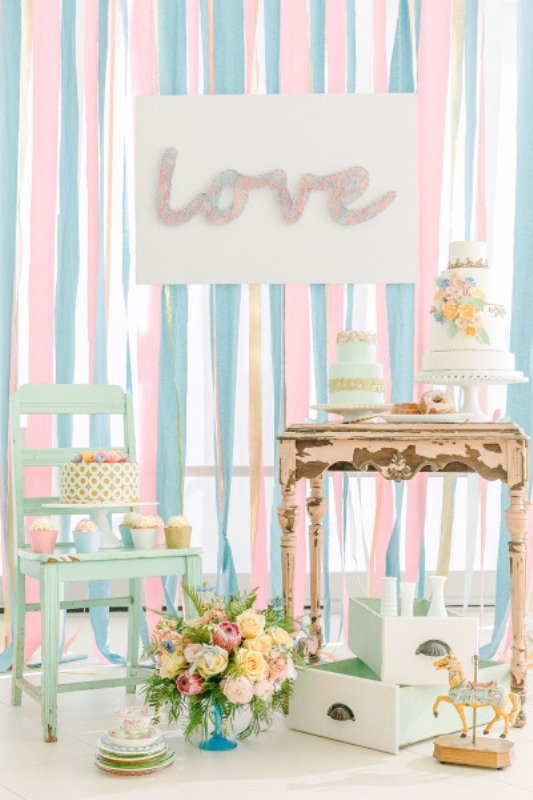 Cute Diy Threaded Love Sign For Your Wedding Decor