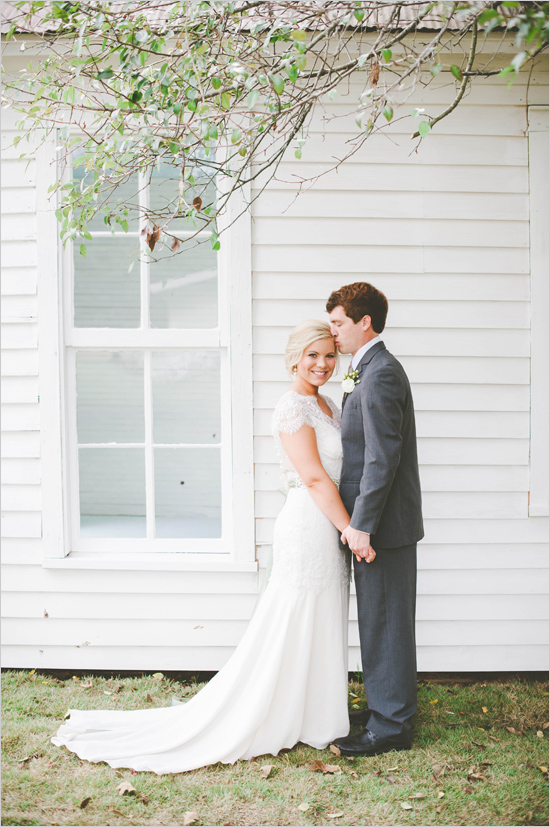 Picture Of cute vintage home sweet home wedding  4