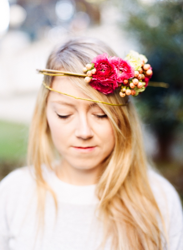 Picture Of delicate diy assymetrical floral crown with a natural base  3