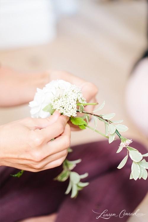 Delicate DIY Fresh Flower Crown To Make