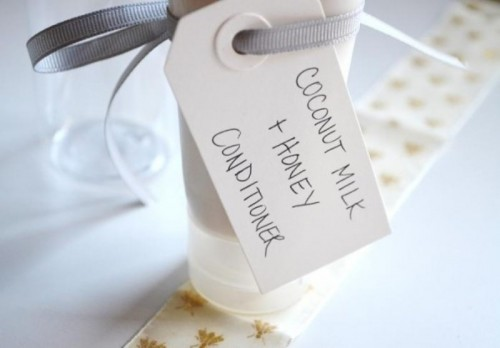 Divine DIY Coconut Milk Conditioner To Please Your Bridesmaids