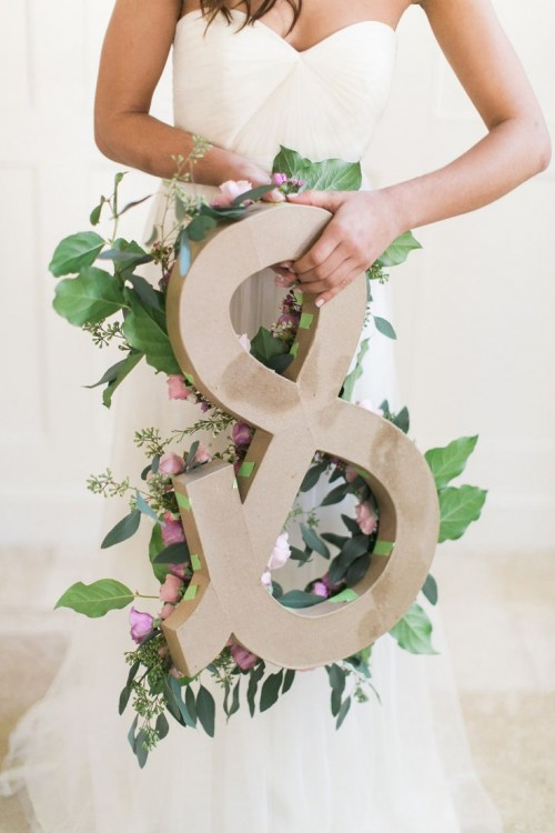DIY Ampersand From Fresh Flowers And Greenery
