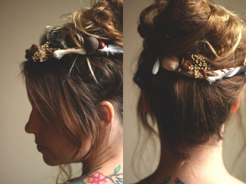 Boho Inspired DIY Nature Flower Crown (via rootsandfeathers)