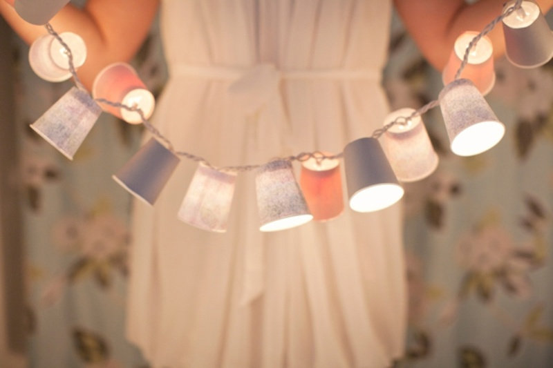 picture of diy dixie cup garland for your wedding or bachelorette party