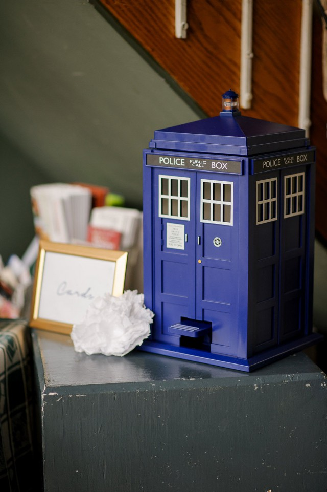 Picture Of diy doctor who wedding with attention to detail  5