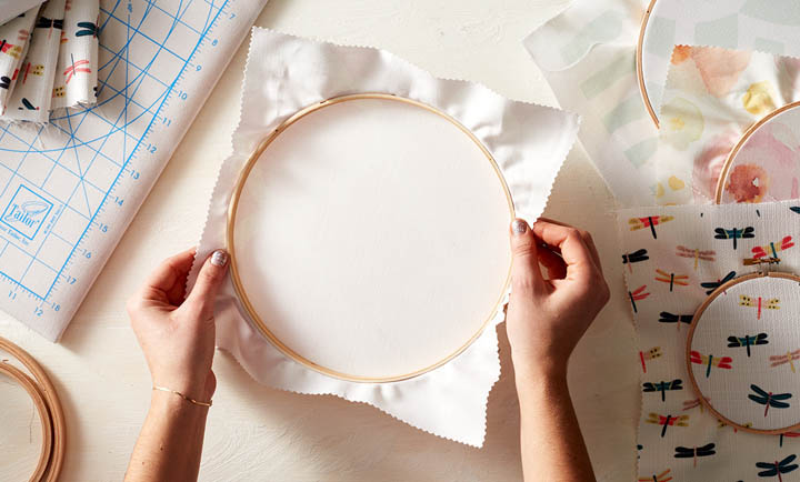 Picture Of diy fabric hoops for wedding decor or favors  3
