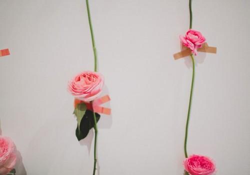 Diy Fresh Flower Wall For Wedding Decor