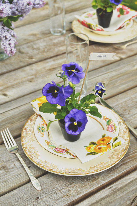 Diy Pansy Favors For Summer Weddings
