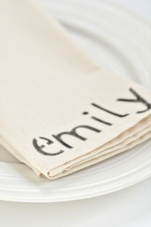 Diy Personalized Napkins To Show Your Guests' Names