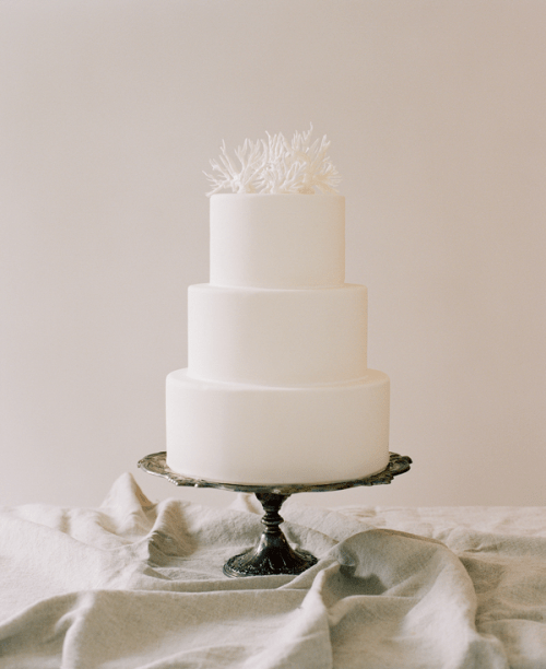Simple DIY Wedding Cake Topper