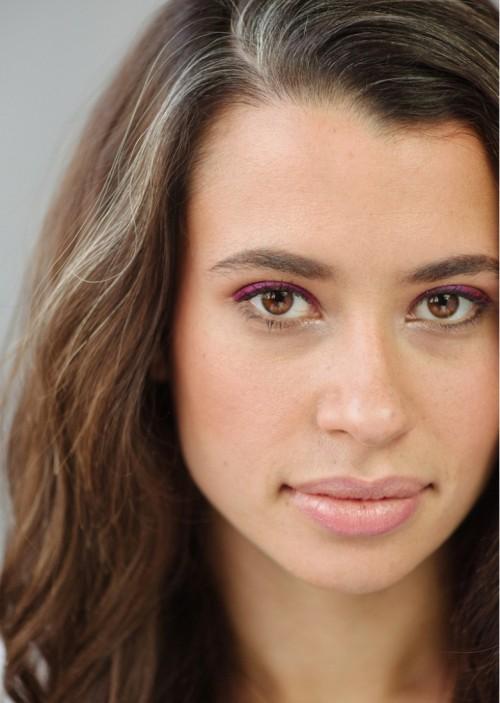 DIY Wedding Makeup: Bright Colorful Eyeliner