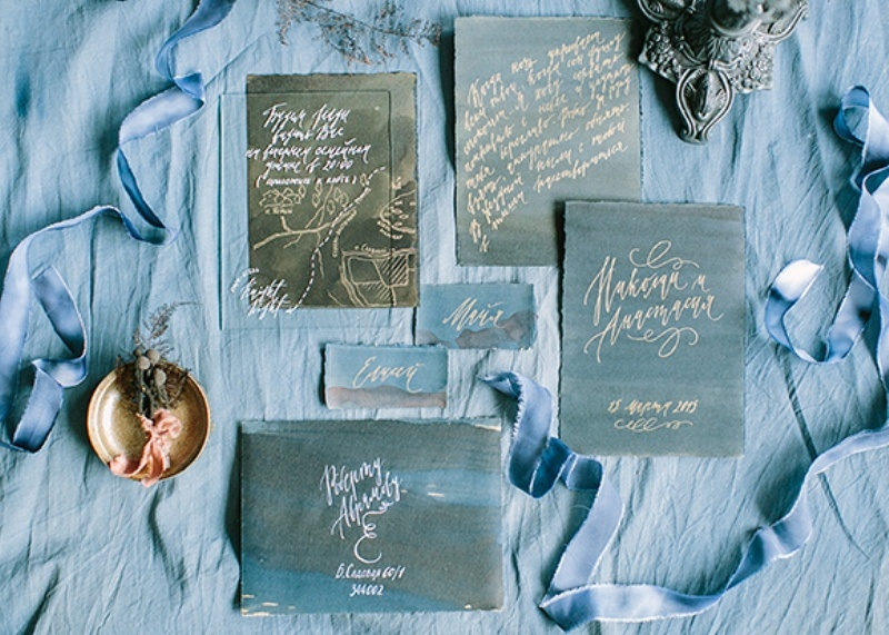 Picture Of dramatic blue and black wedding inspiration  1