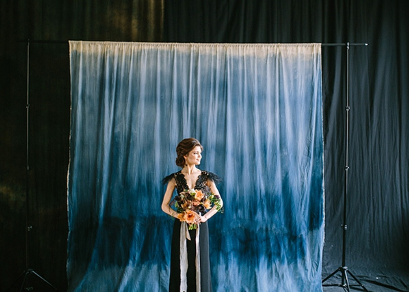 Picture Of dramatic blue and black wedding inspiration  10