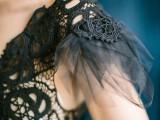 dramatic-blue-and-black-wedding-inspiration-3