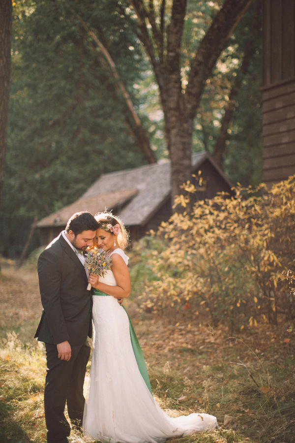 Picture Of dreamy yosemite elopement with fresh green touches  12