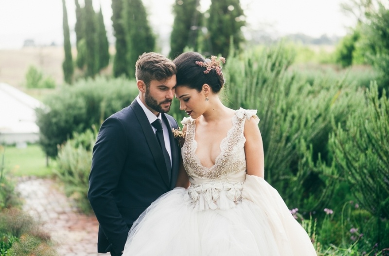Picture Of eclectic tuscany meets africa wedding inspirational shoot  13
