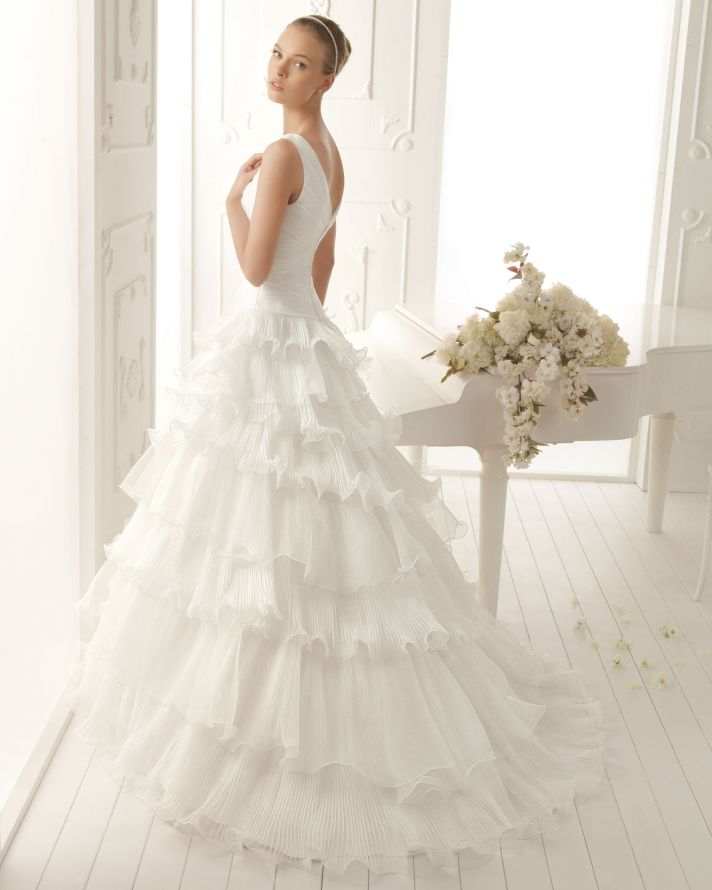 Wedding Dresses Simple But Elegant 18