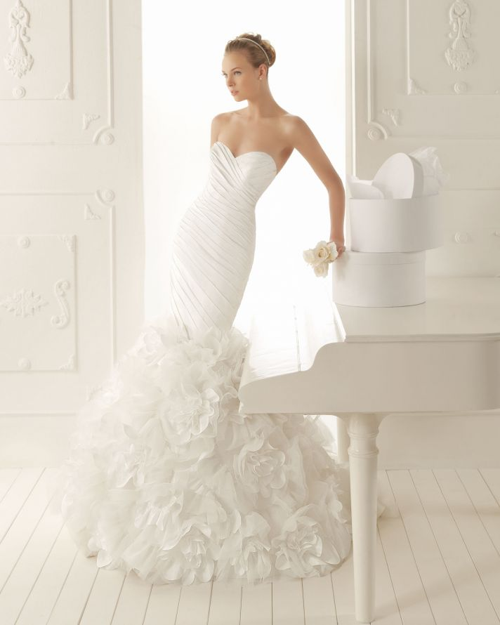 Picture of elegant and simple wedding dresses by aire for Simple elegant wedding dress designers
