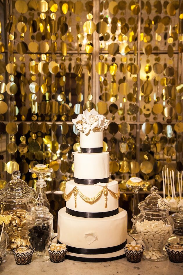 Picture Of Elegant Black And Gold Wedding Ideas 17