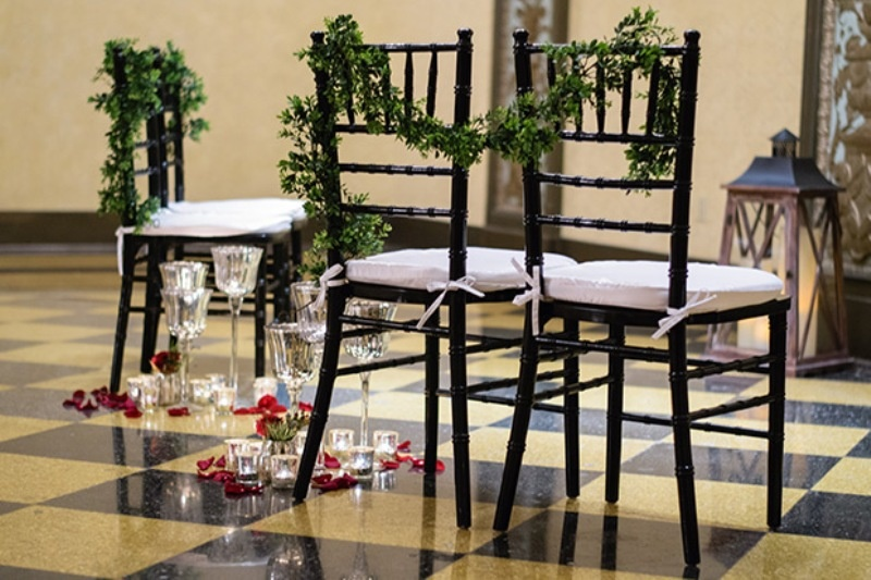 Picture Of elegant christmas themed wedding inspiration  7