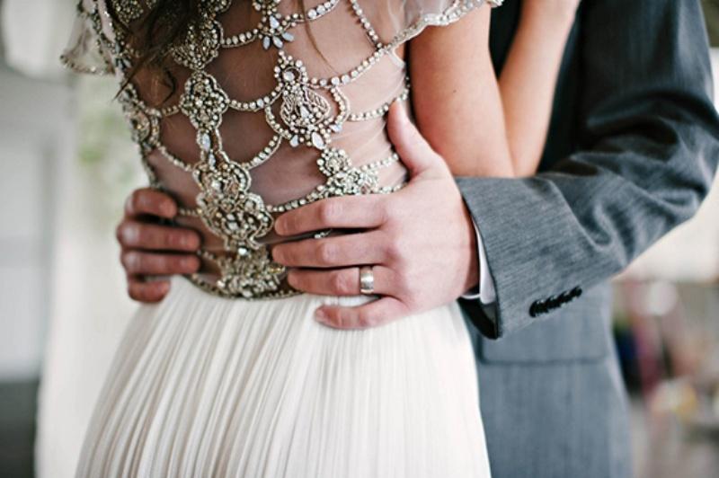 Elegant Organic Wedding Inspiration With Lush Greenery
