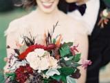 elegant-plum-and-gold-autumn-inspired-wedding-shoot-1