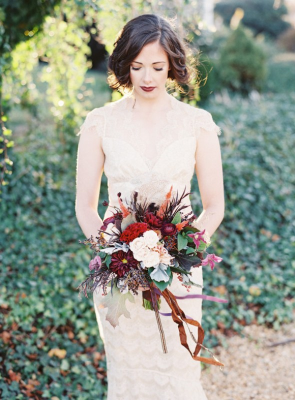 Picture Of elegant plum and gold autumn inspired wedding shoot  13