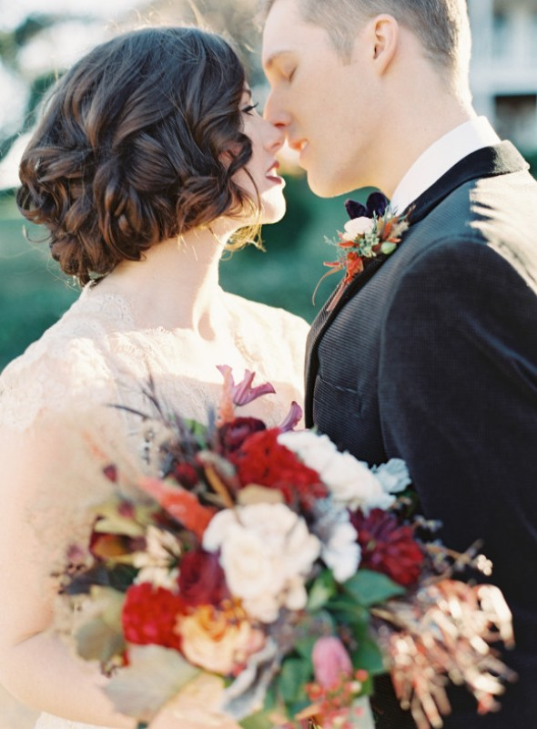 Picture Of elegant plum and gold autumn inspired wedding shoot  7