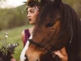 elegant-rustic-outdoor-fall-wedding-styled-shoot-16