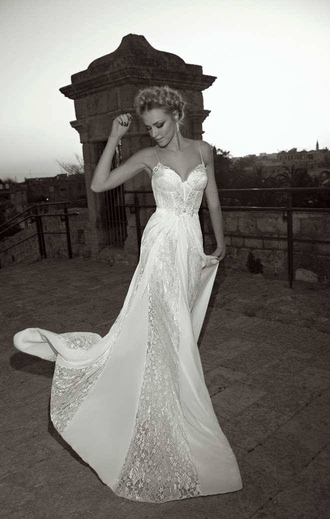Low Cut Lace Wedding Dress