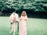 enchanting-bohemian-equestrian-styled-shoot-7