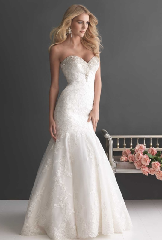 Picture Of enchanting classics 35 most gorgeous strapless wedding dresses  24