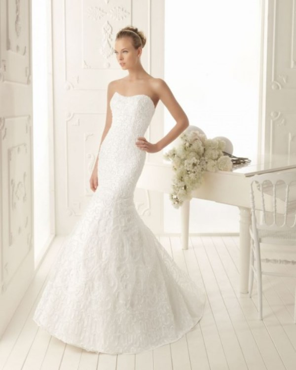 Picture Of enchanting classics 35 most gorgeous strapless wedding dresses  26