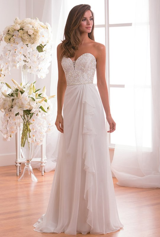 Picture Of enchanting classics 35 most gorgeous strapless wedding dresses  3