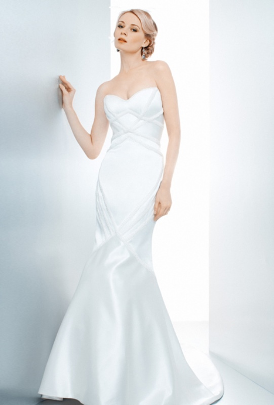 Picture Of enchanting classics 35 most gorgeous strapless wedding dresses  34