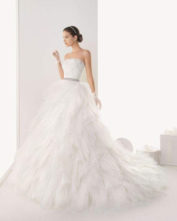 Picture Of enchanting classics 35 most gorgeous strapless wedding dresses  5