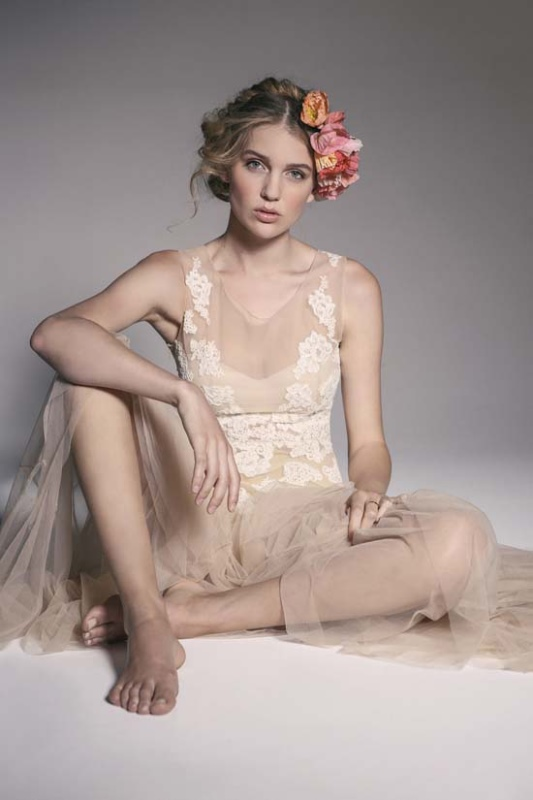 Picture Of enchanting crown of flowers fashion bridal inspiration  4