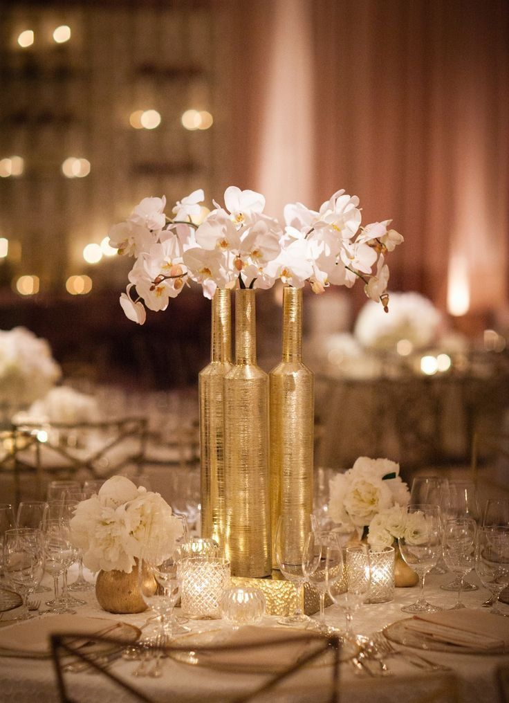 Picture of exquisite gold and white wedding ideas for White wedding table decorations