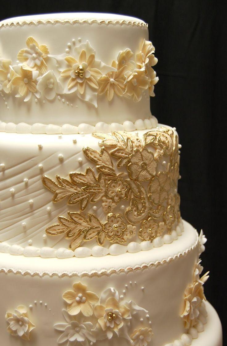 32 Exquisite Gold And White Wedding Ideas Weddingomania